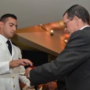Entrega del premio «Mayor Eduardo Olivero» al más alto promedio en asignaturas afines al vuelo.